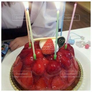 バースデーケーキの写真・画像素材[3026105]
