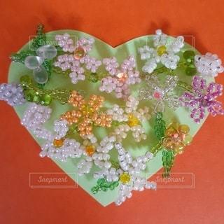 ハートの花飾り3の写真・画像素材[3303307]