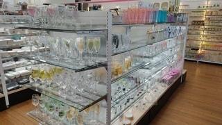 グラス製品売り場の写真・画像素材[3557318]