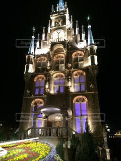 建物は夜ライトアップの写真・画像素材[1217667]