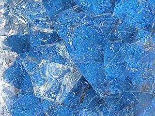 コバルトブルーのガラスタイルの写真・画像素材[4820594]