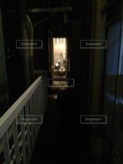 家の外にある和式トイレの写真・画像素材[797201]