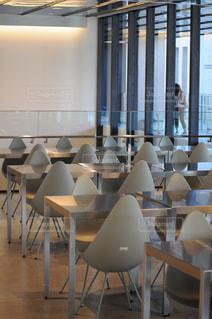 ダイニング ルームのテーブルの写真・画像素材[1447704]