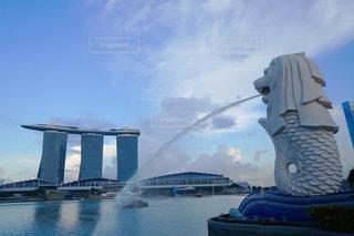 水の体の中の大きな船の写真・画像素材[3096490]