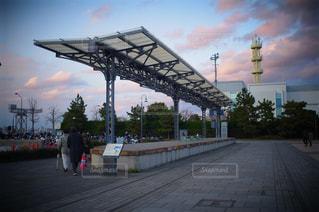 道路に架かる橋の写真・画像素材[3030427]