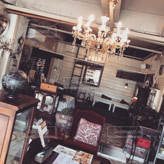 落ち着いたカフェの店内の写真・画像素材[3062519]