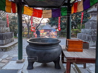 初詣 常香炉(じょうこうろ)の写真・画像素材[3749995]