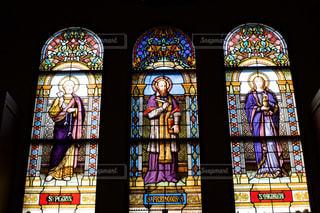 教会のステンドグラスの写真・画像素材[3074229]