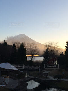 富士山の夕暮れの写真・画像素材[140129]