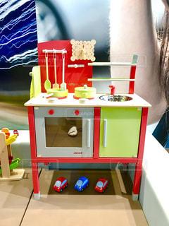 おもちゃのキッチンの写真・画像素材[379551]