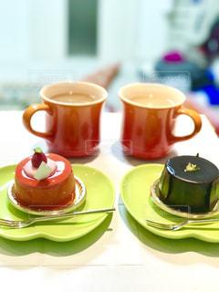 ケーキとカップの写真・画像素材[441490]