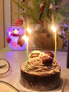 クリスマスケーキとキャンドルライト - No.930249