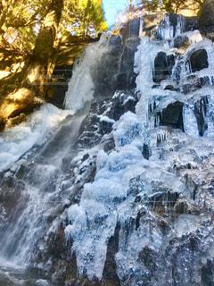 凍った滝の写真・画像素材[940726]