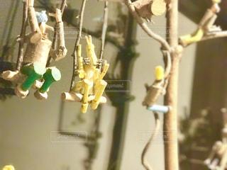 木彫りの小人たちの写真・画像素材[1030297]