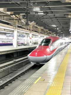 新幹線、到着。の写真・画像素材[1136429]