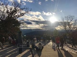 高尾山山頂の夕日の写真・画像素材[1699950]