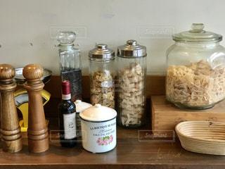 キッチンにある容器イロイロの写真・画像素材[1719676]