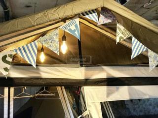 テントの屋根に飾り付けの写真・画像素材[1741749]