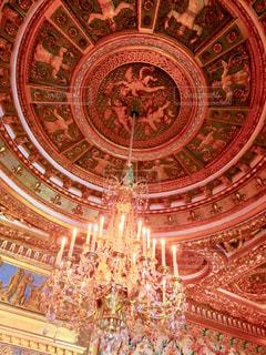 フォンテーヌブロー宮殿のシャンデリアの写真・画像素材[1776671]