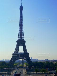 フランス エッフェル塔と青い空の写真・画像素材[1776694]