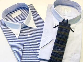 父の日のギフトにシャツとネクタイの写真・画像素材[2208884]