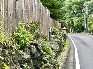 壁と道路の写真・画像素材[2436728]