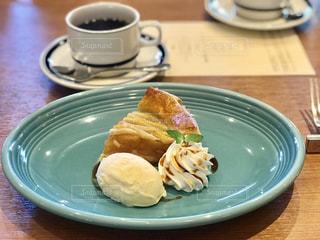 軽井沢のホテルのレストランでランチの写真・画像素材[2438637]