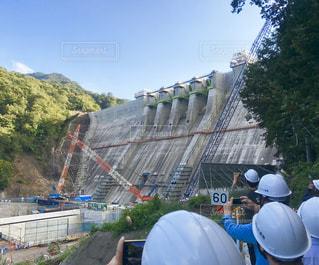 八ッ場ダムの建設現場ツアーの写真・画像素材[2811783]