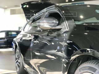 車のサイドパネルの曲線美の写真・画像素材[3128797]