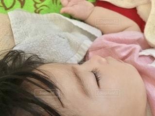 可愛い寝顔の写真・画像素材[3494142]