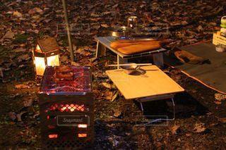 ソロキャンプの夜の写真・画像素材[2848426]