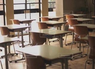 学校の机の写真・画像素材[3625615]