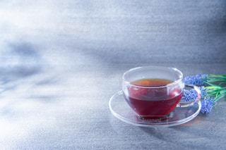 透明グラスに入った紅茶の写真・画像素材[3423916]