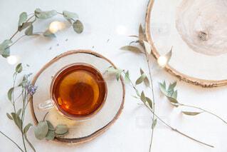 部屋でお茶を飲む。リラックスおうち時間。の写真・画像素材[3881147]