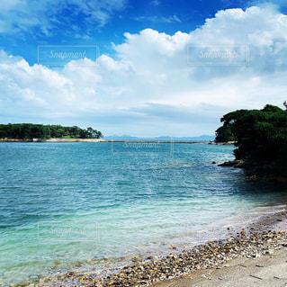 愛知県佐久島のビーチの写真・画像素材[3085273]