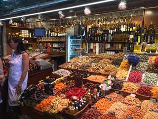 スペイン サンジョセップ市場 ナッツスパイス売場の写真・画像素材[3112360]