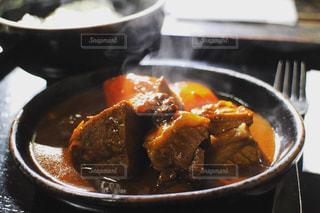 ゴロゴロ肉のビーフシチューの写真・画像素材[3087920]