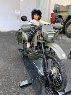 バイクに乗ったよ!の写真・画像素材[3128125]