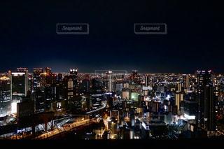 夜の都市の眺めの写真・画像素材[3137731]
