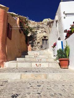 サントリーニ島の石造りの階段の写真・画像素材[3113473]