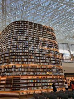 大きなソウルの本屋さんの写真・画像素材[3109254]