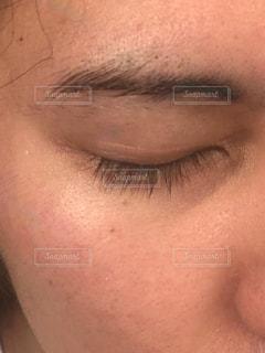 毛深い眉毛とまつ毛の写真・画像素材[3289684]