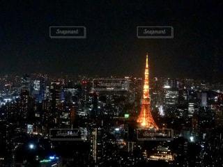 夜の東京タワーの眺めの写真・画像素材[3112753]