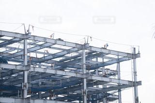 建設中の立体駐車場の写真・画像素材[3118668]