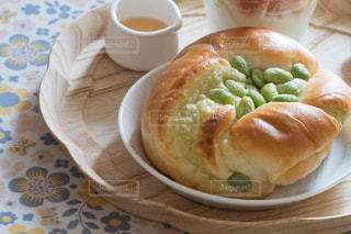 ズンダのチーズクリームパン 朝食プレートの写真・画像素材[3118885]