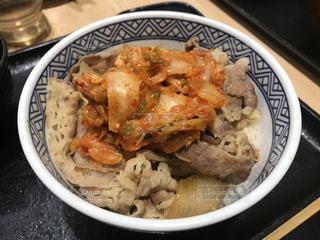 キムチ牛丼の写真・画像素材[3120539]