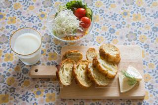朝食 トーストの写真・画像素材[3121784]