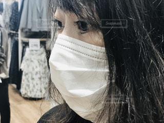 マスク 若い女性 買い物の写真・画像素材[3123536]
