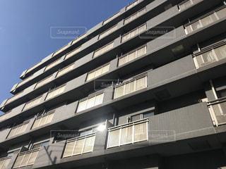 高い建物の写真・画像素材[3128295]