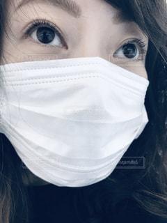 マスク着用 女性の写真・画像素材[3161300]